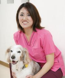 獣医師佐々木彩子
